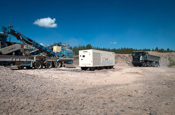 Scania-Genset-SG600-and-Scania-G-400-Off-road-Tipper