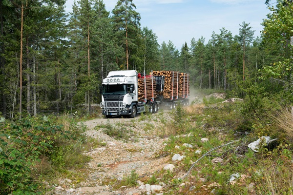 Scania-R-580-Timber-Transport